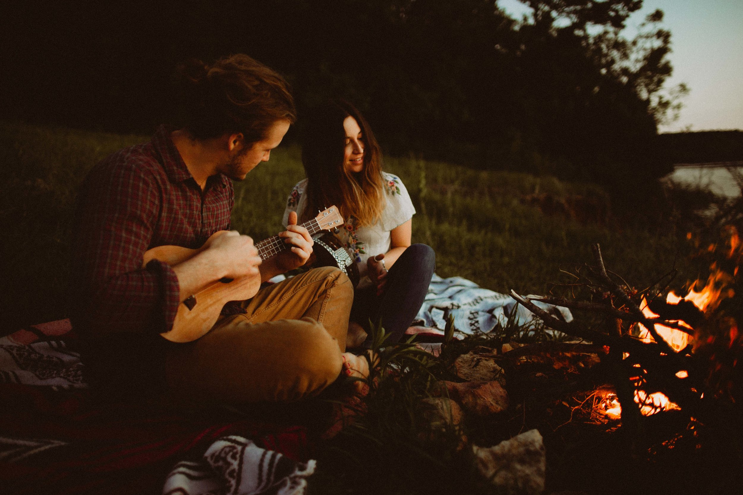 colorado campfire engagement session (24 of 36).jpg