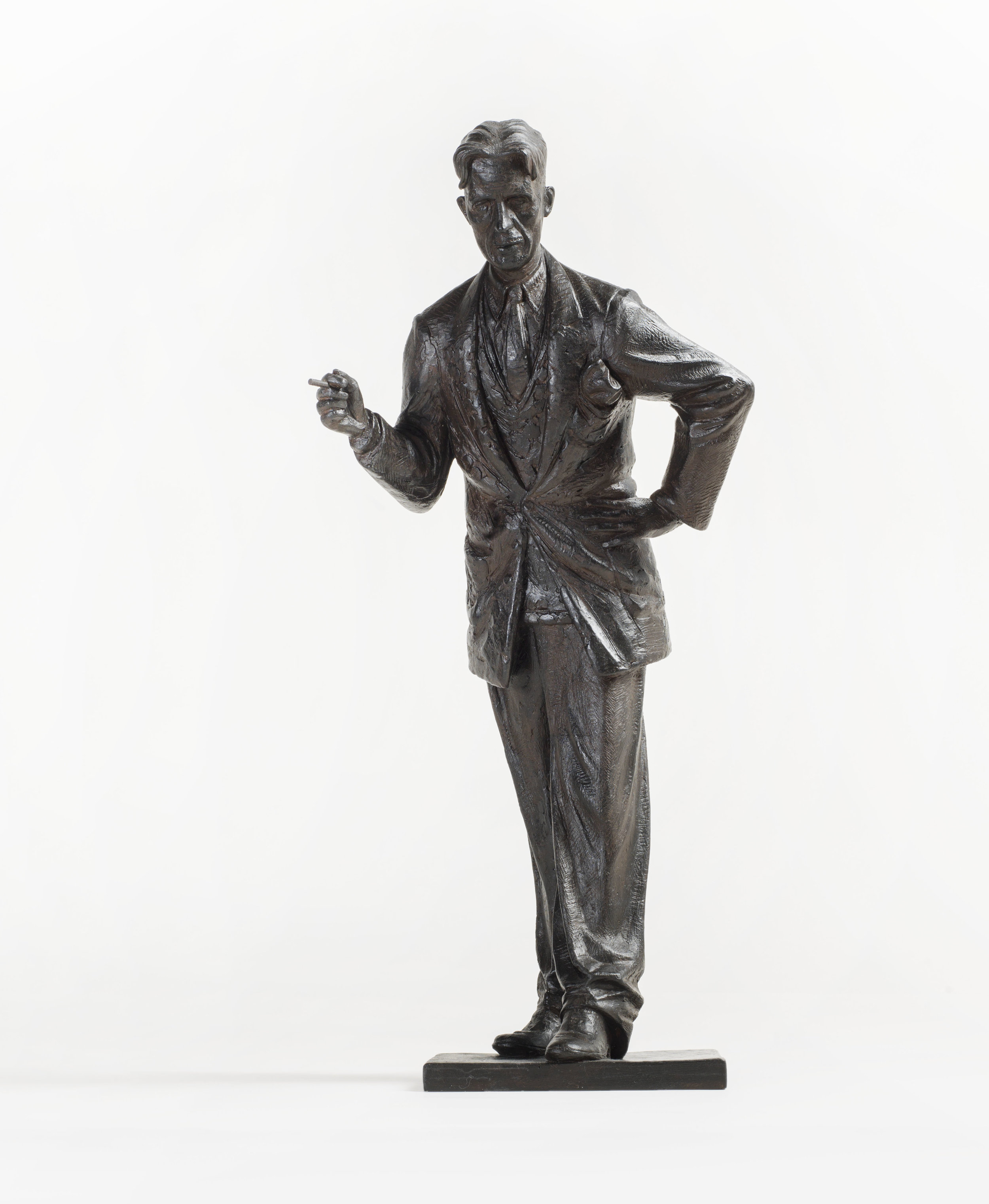 42. George Orwell maquette.