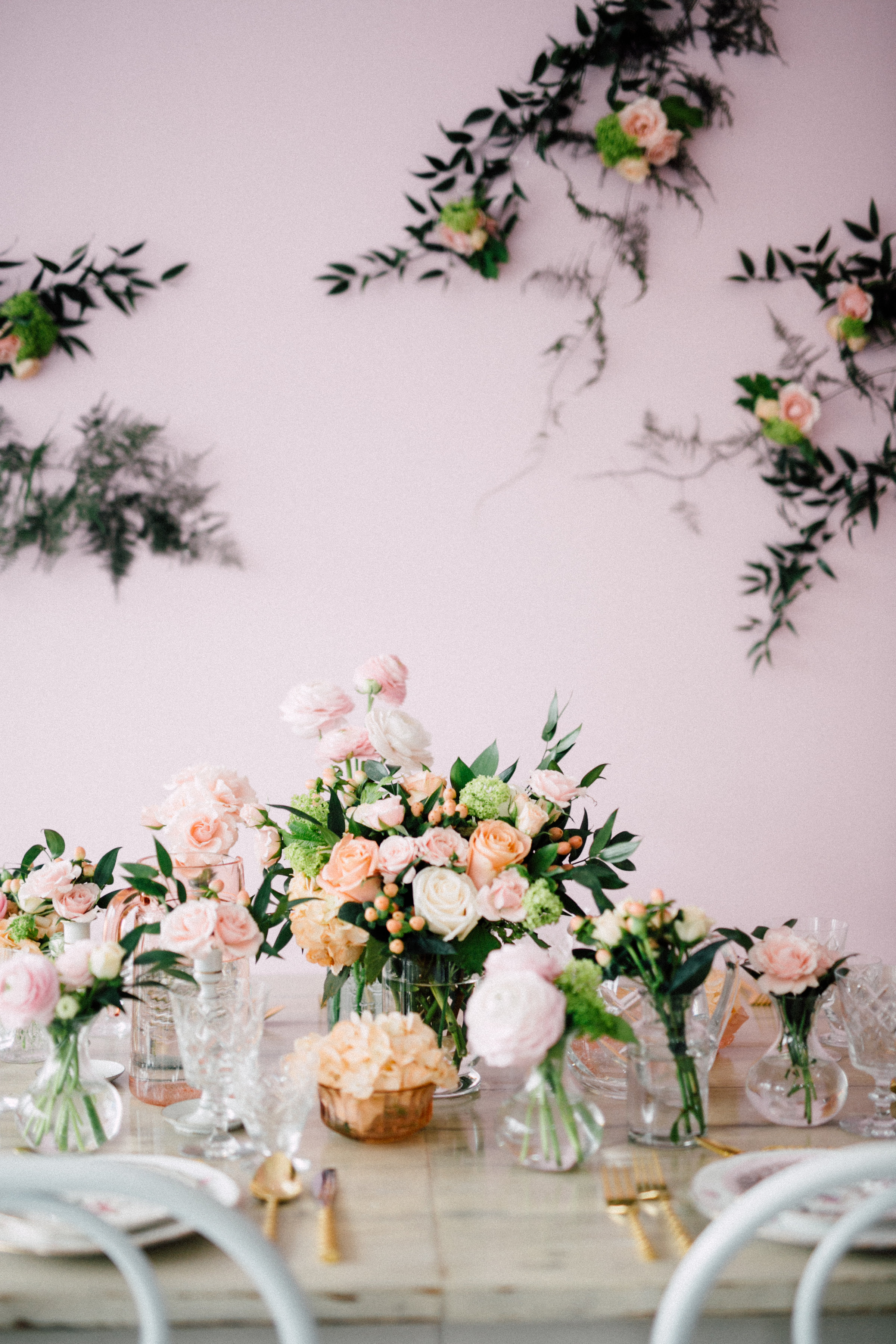 August In Bloom - Baby Shower Pink-Accented Table And Background - Bun In The Oven