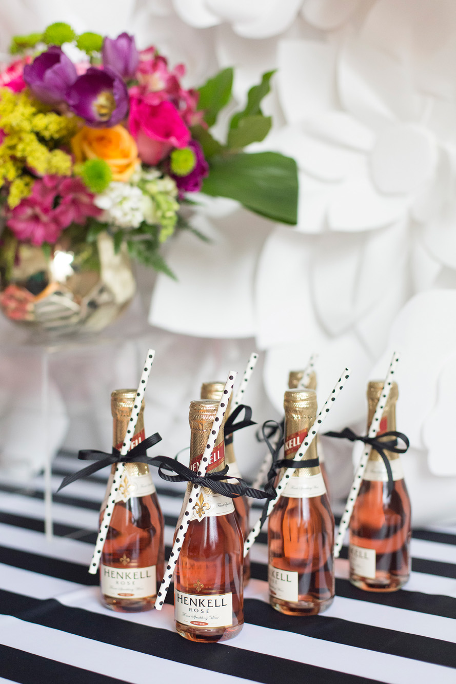 August In Bloom - Mini champagnes - Kate Spade inspired black, white, with a pop of hot pink party