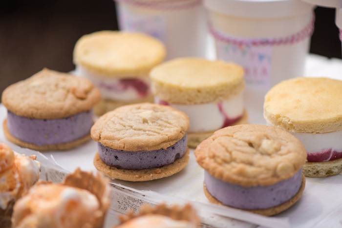 August In Bloom - Cookie ice cream sandwiches - Ice Cream Birthday Party