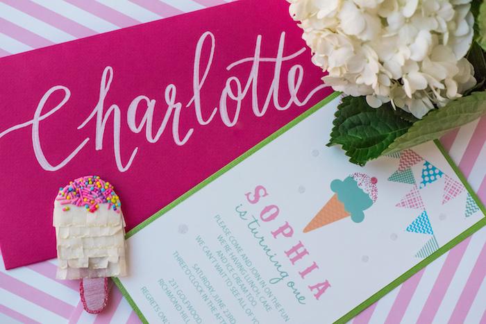 August In Bloom - Invitation & mini pinatas - Ice Cream Birthday Party