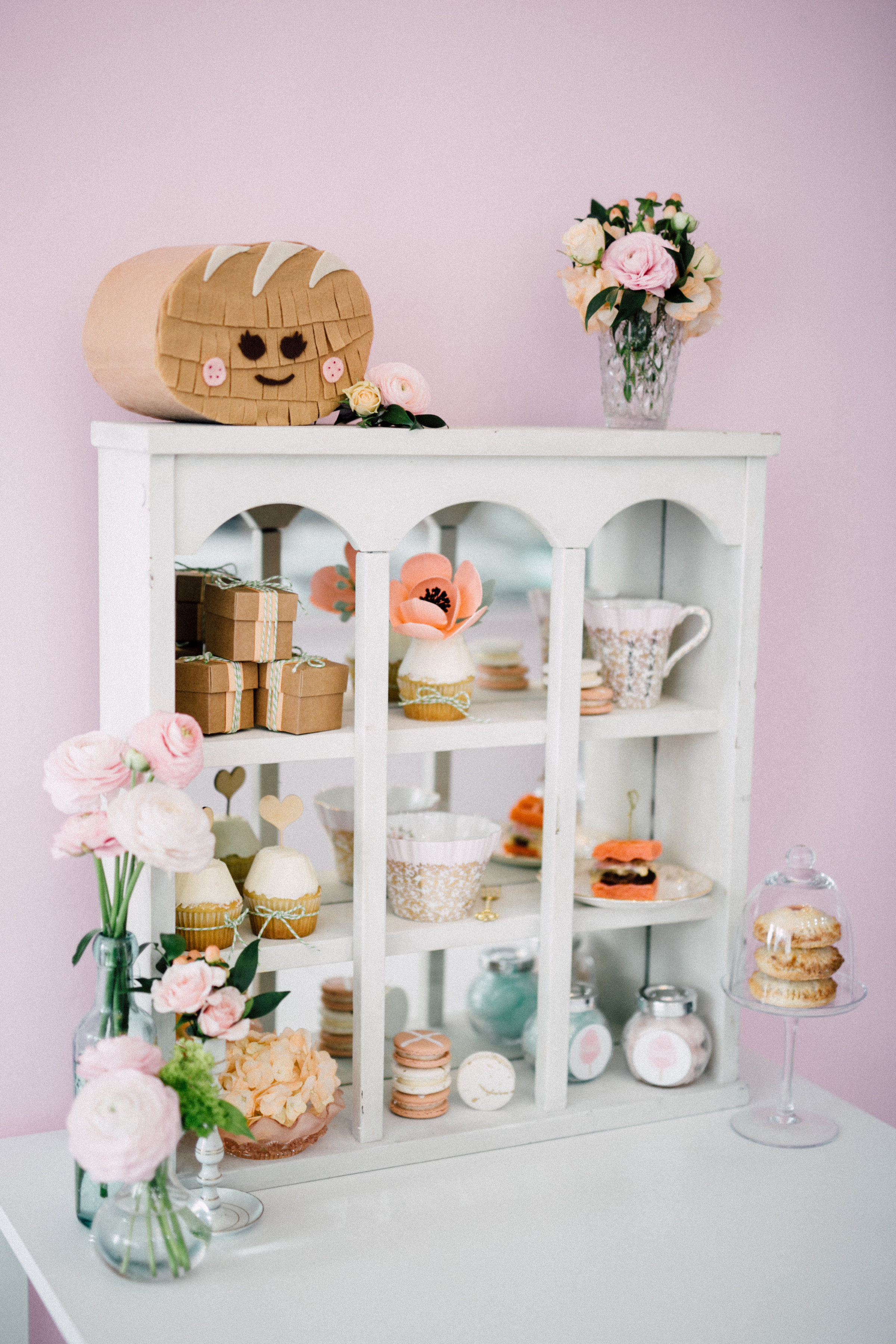 August In Bloom - Favour shelf - Bun In The Oven Baby Shower (Style Me Pretty & SMP Living)