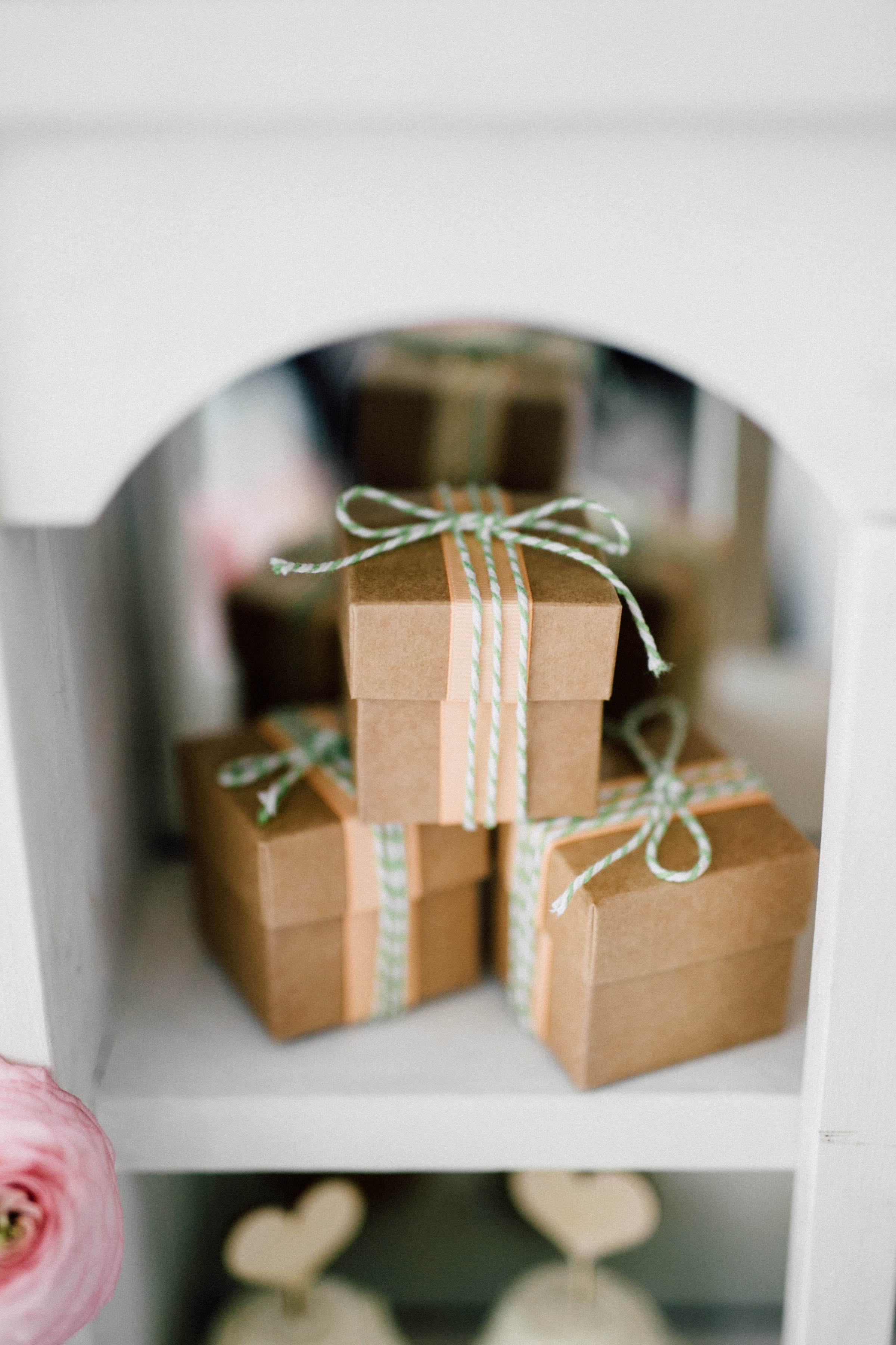 August In Bloom - Favour boxes - Bun In The Oven Baby Shower (Style Me Pretty & SMP Living)