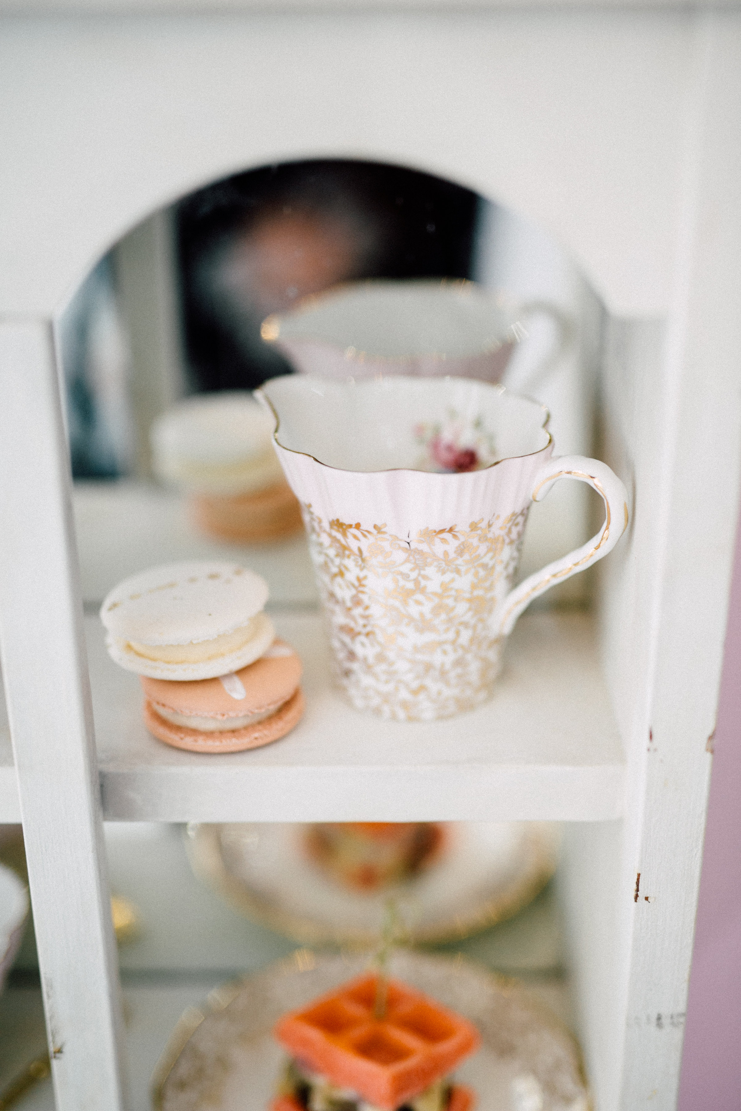 August In Bloom - Tea time - Bun In The Oven Baby Shower (Style Me Pretty & SMP Living)