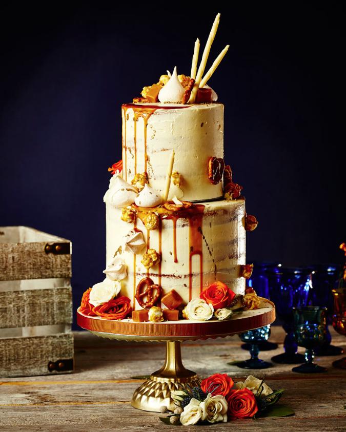 August In Bloom - Caramel drip cake - The New Romance (Weddingbells)