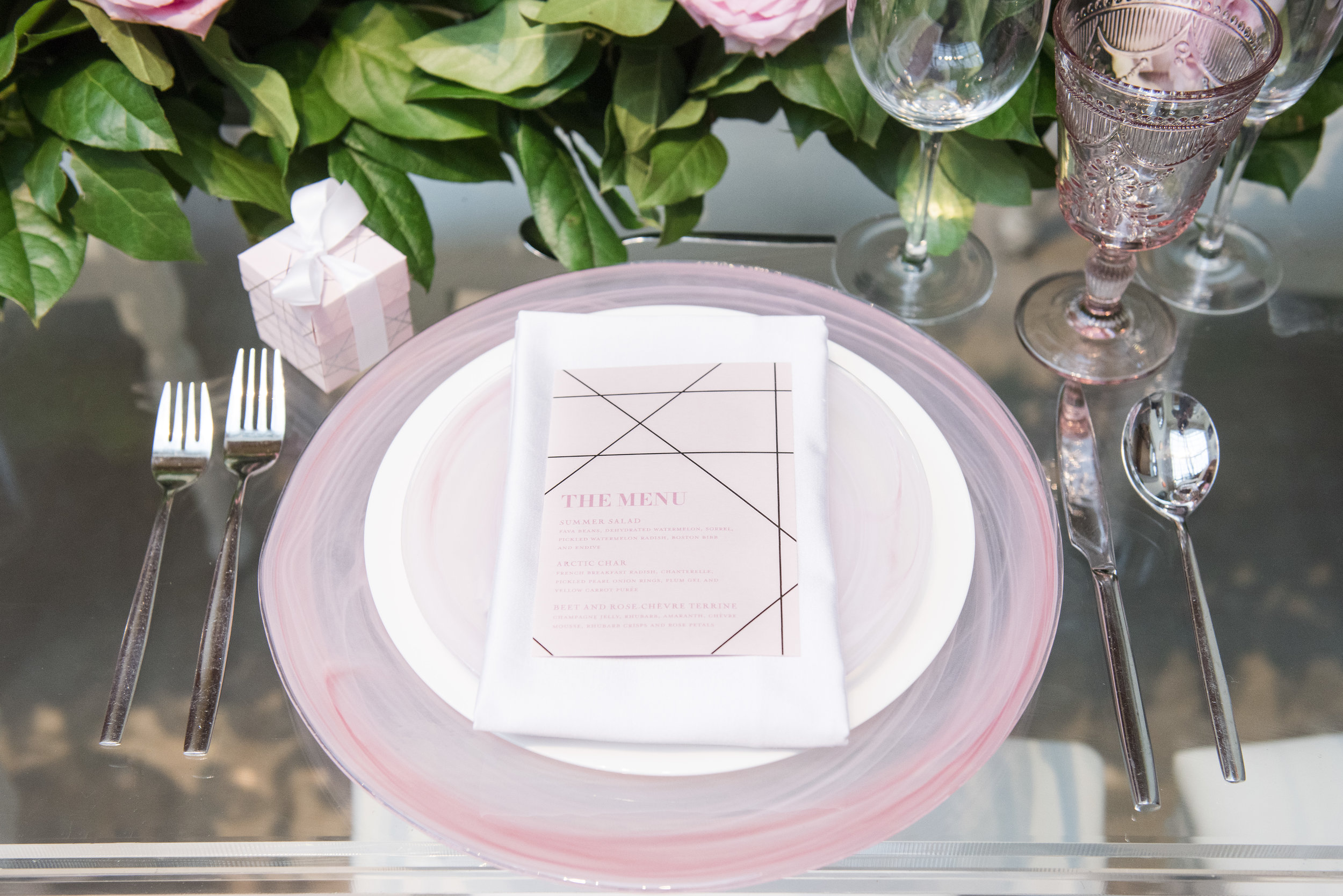 August In Bloom - Place setting - Dior Darling (Wedluxe)