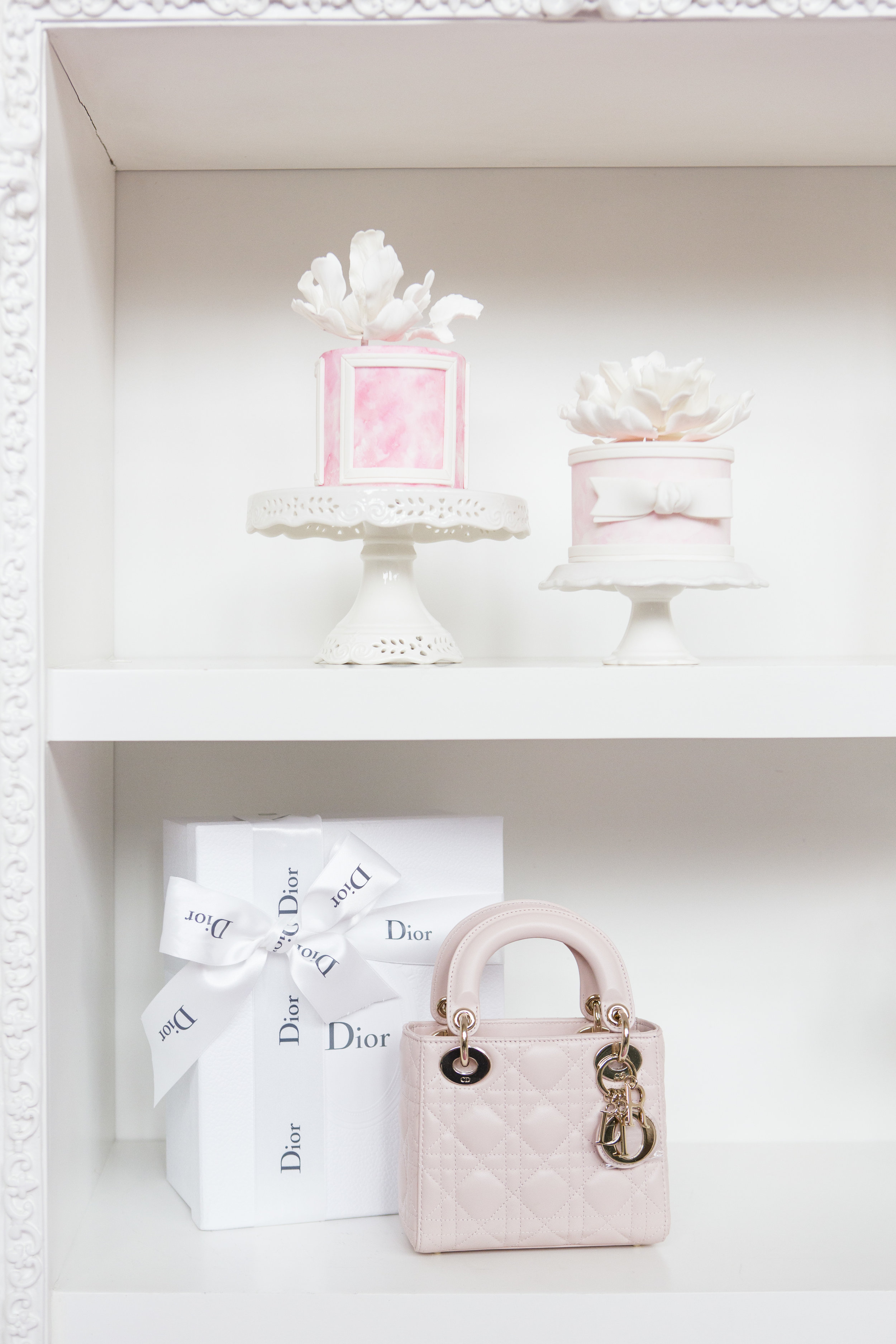 August In Bloom - Cake & Purse - Dior Darling (Wedluxe)
