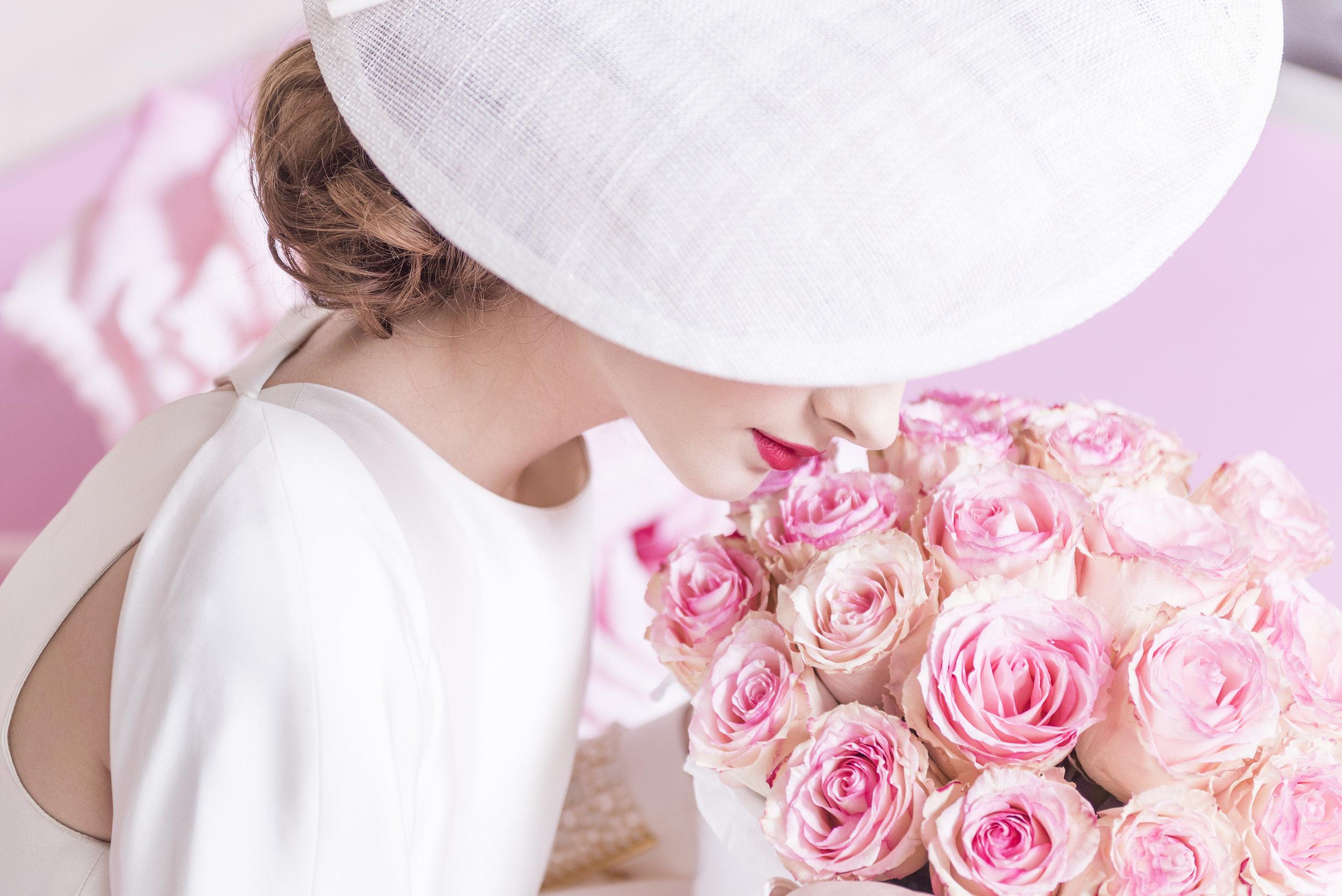 August In Bloom - Vintage bride - Dior Darling (Wedluxe)