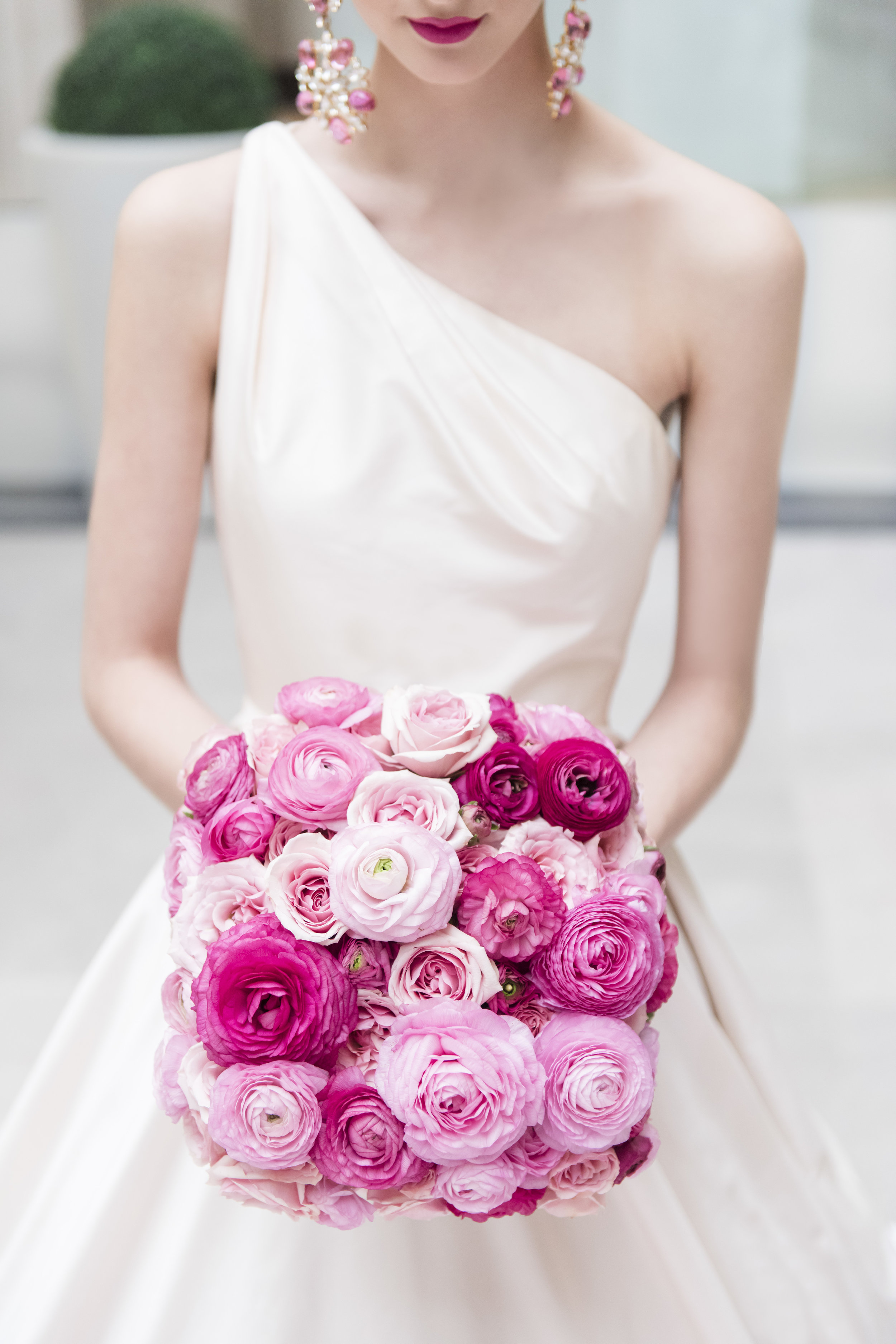 August In Bloom - Pink square bouquet - Dior Darling (Wedluxe)