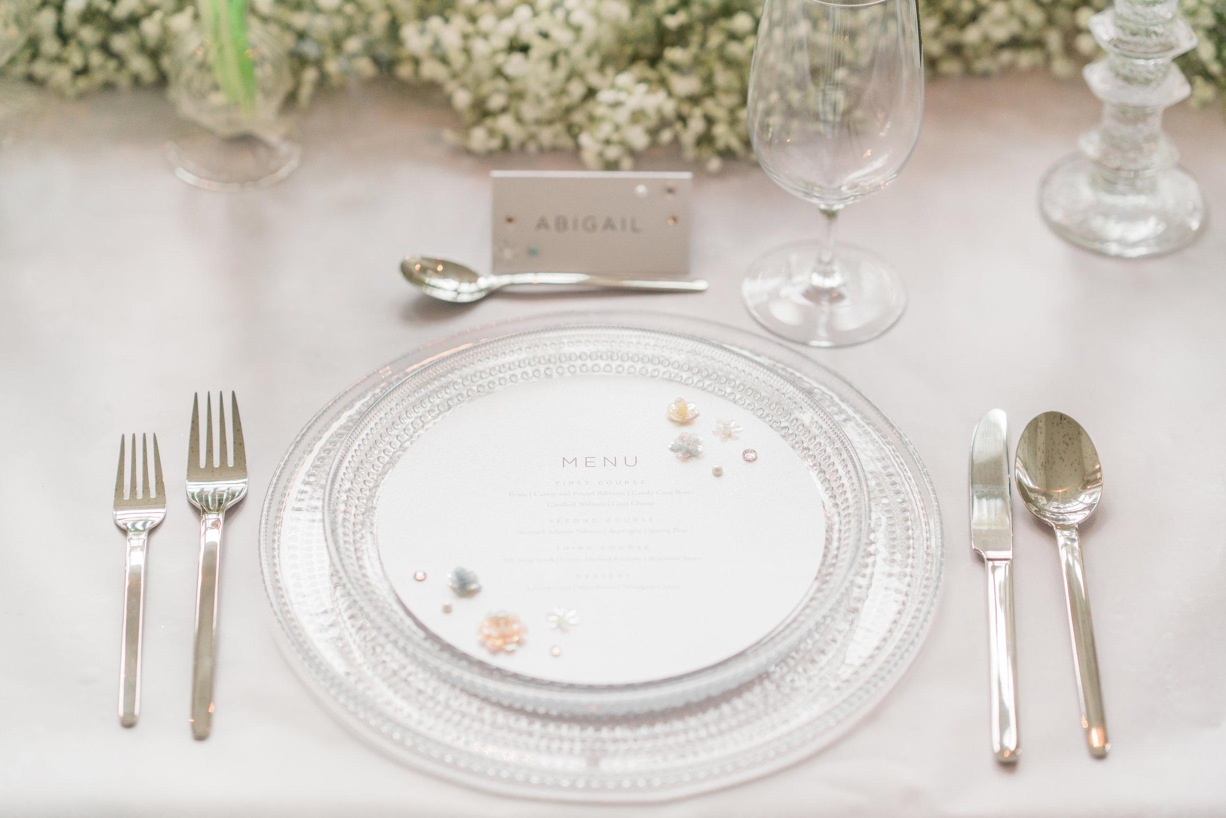 August In Bloom - Tableware and menu - Serene Dream (Wedluxe)