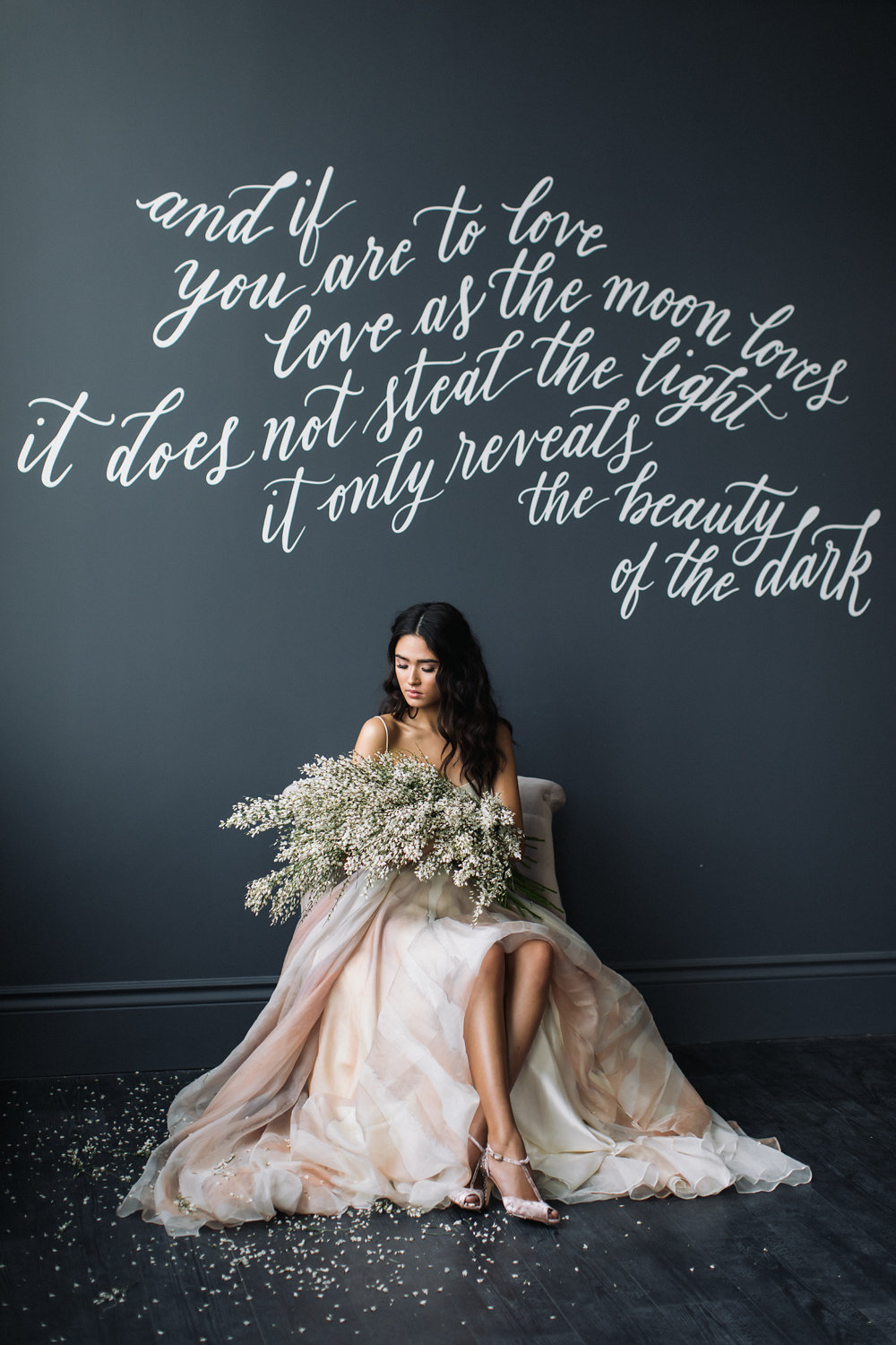 August In Bloom - Bride with flowers - Magnolia Dreams (The Bridal Affair)
