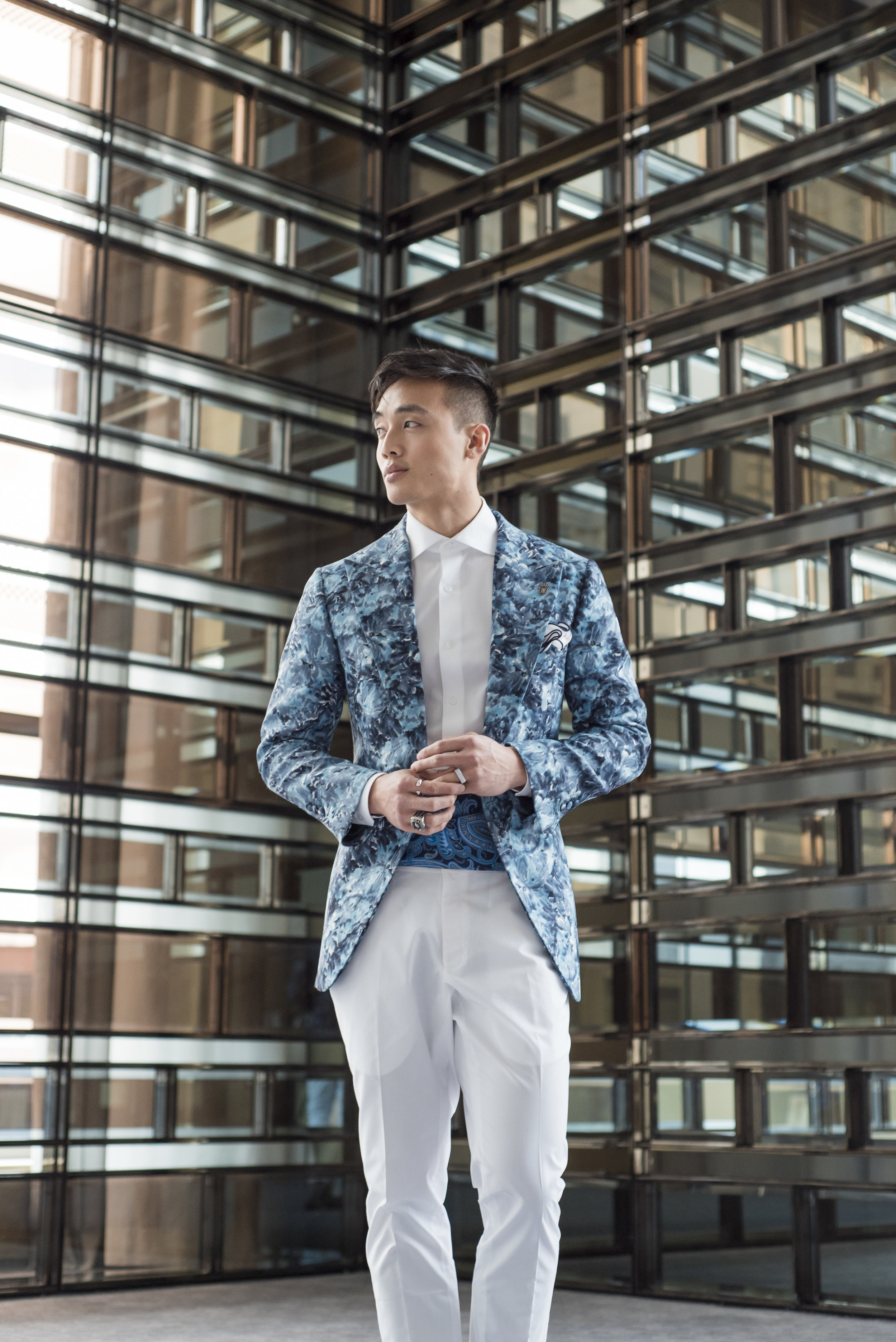 August In Bloom - Groom in blue and white patterned suit - The Suited Groom (The Bridal Affair)
