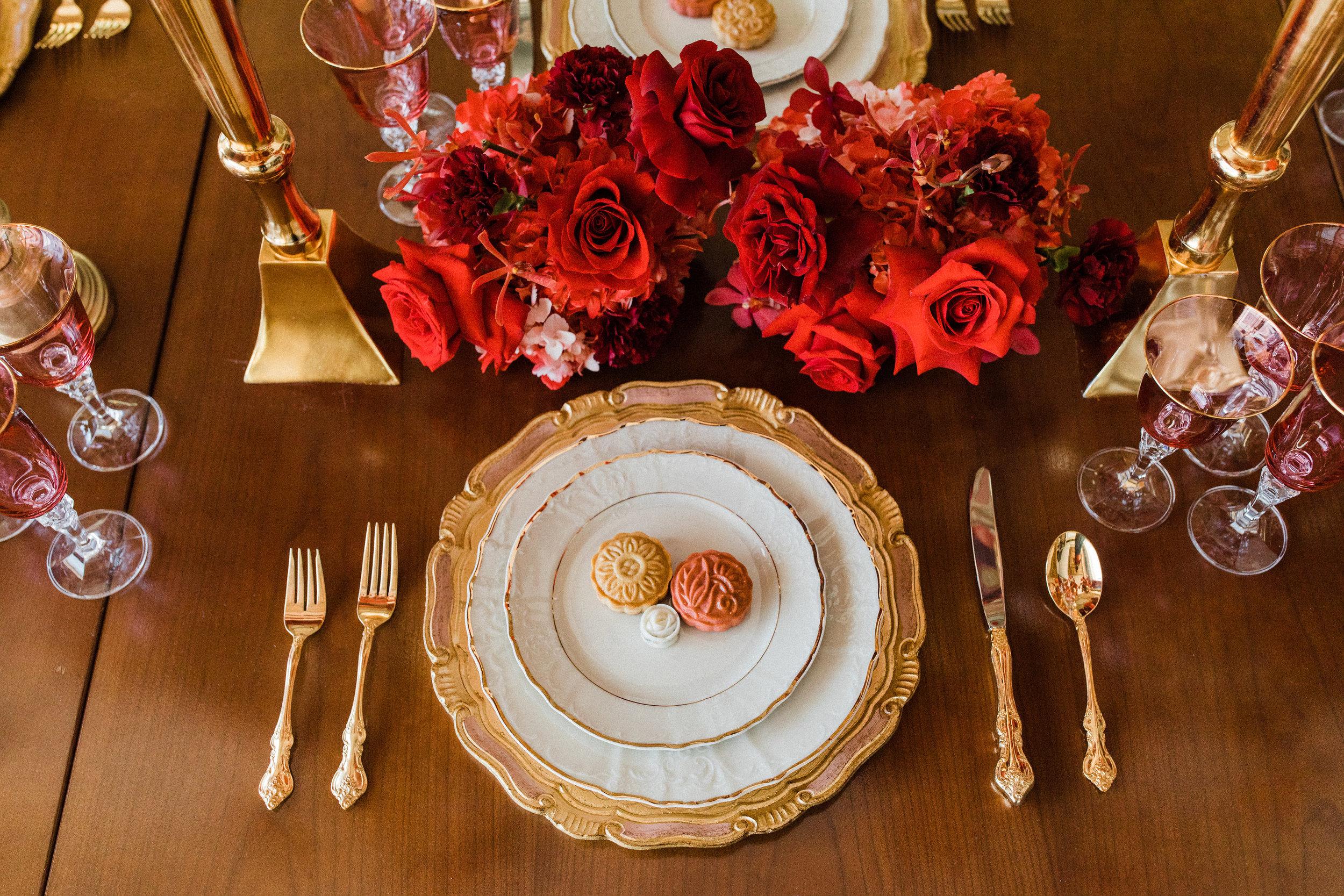 August In Bloom - Tableware - Scarlet Sweetheart (Lavish Dulhan)