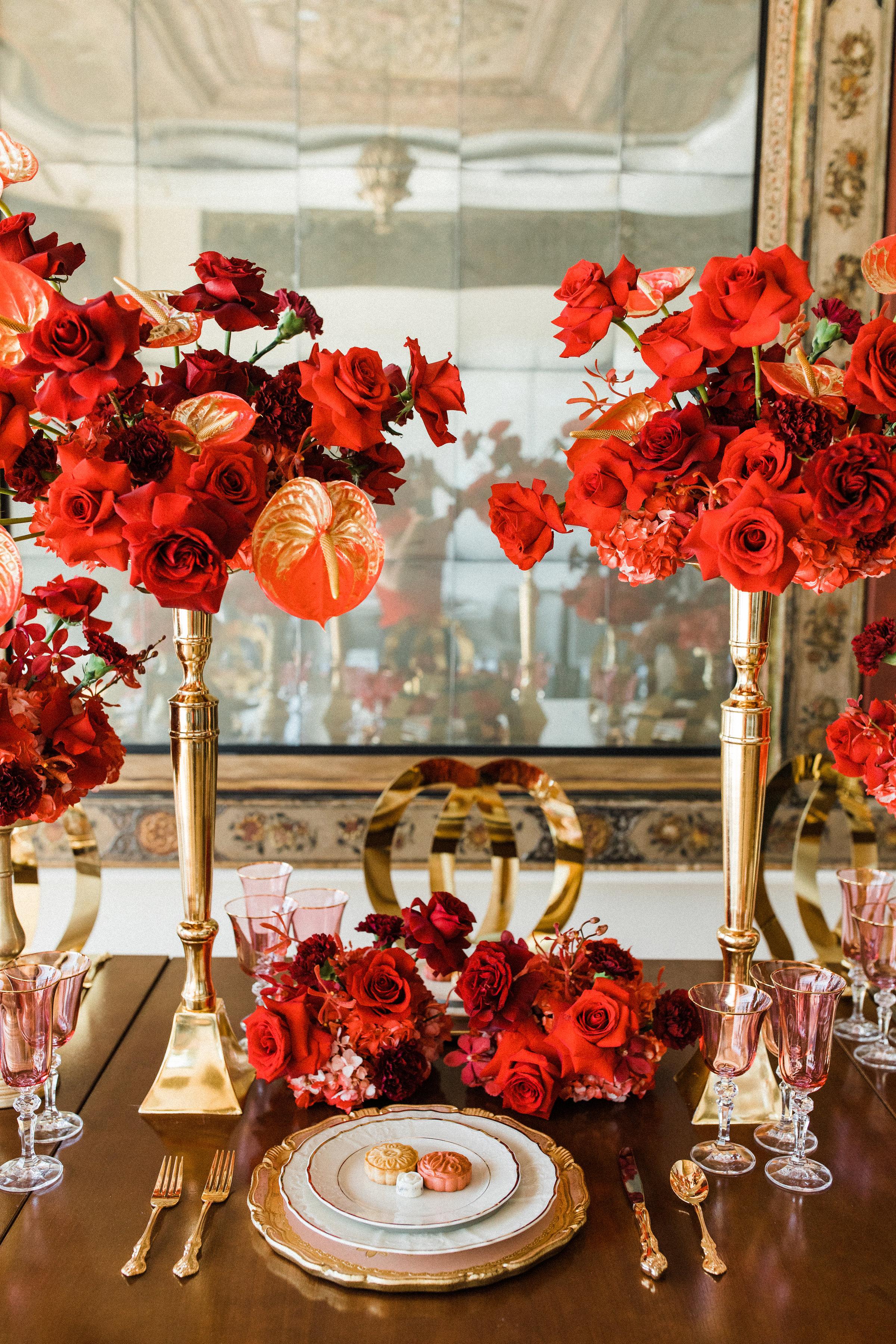 August In Bloom - Reception tableware - Scarlet Sweetheart (Lavish Dulhan)