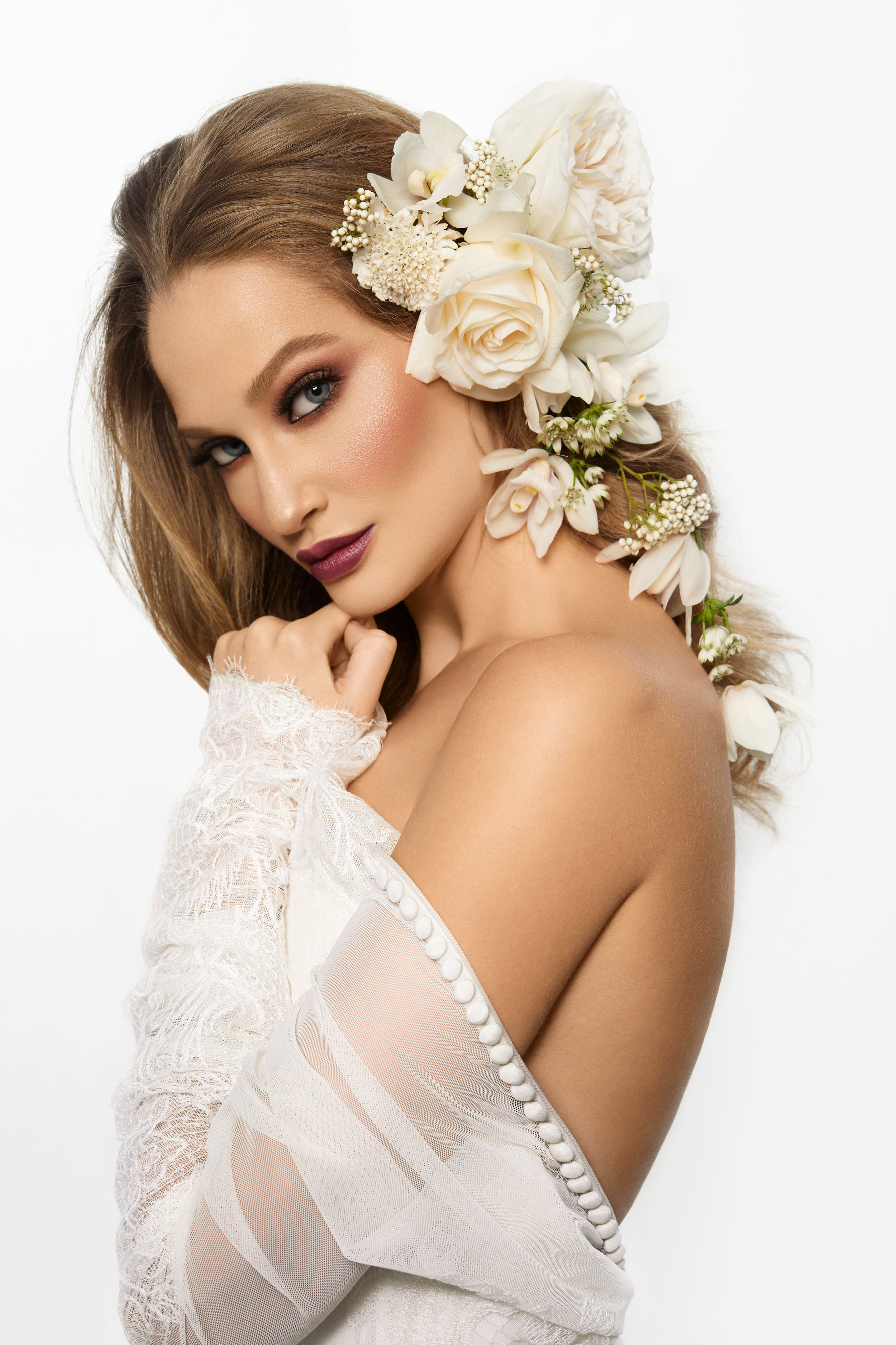 August In Bloom - Bride beauty - Purely Poised (The Bridal Affair)