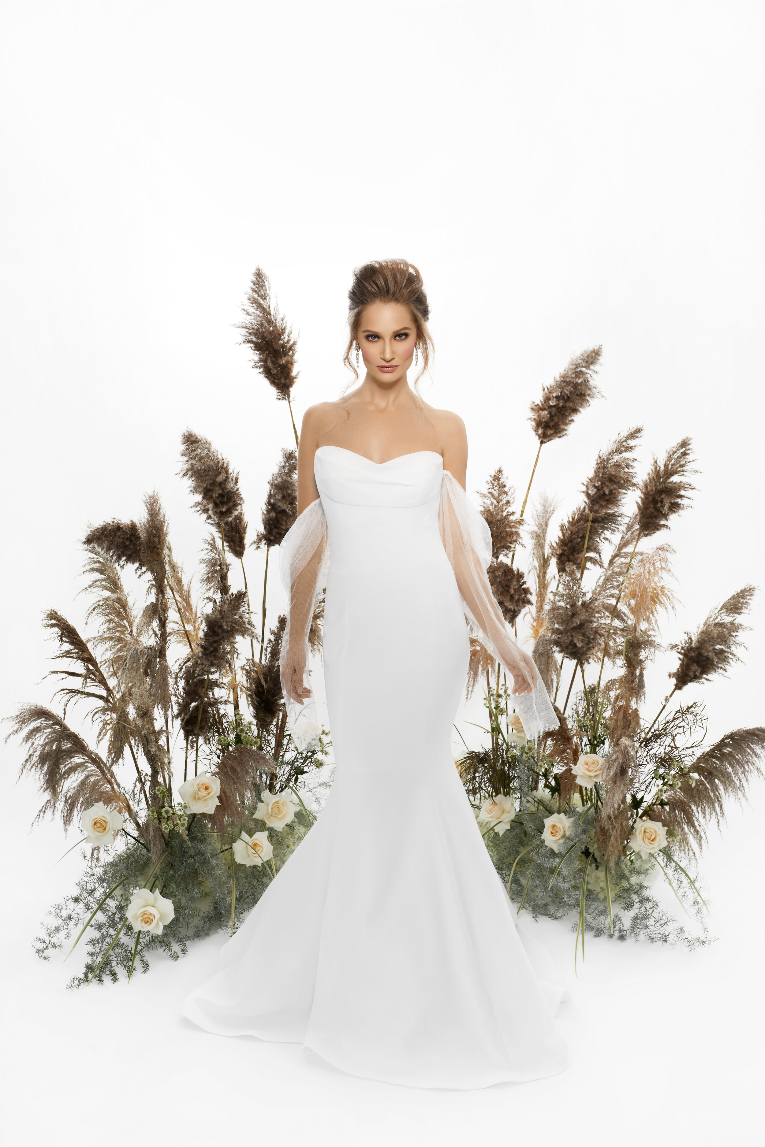 August In Bloom - Bride in strapless Vera Wang gown - Purely Poised (The Bridal Affair)