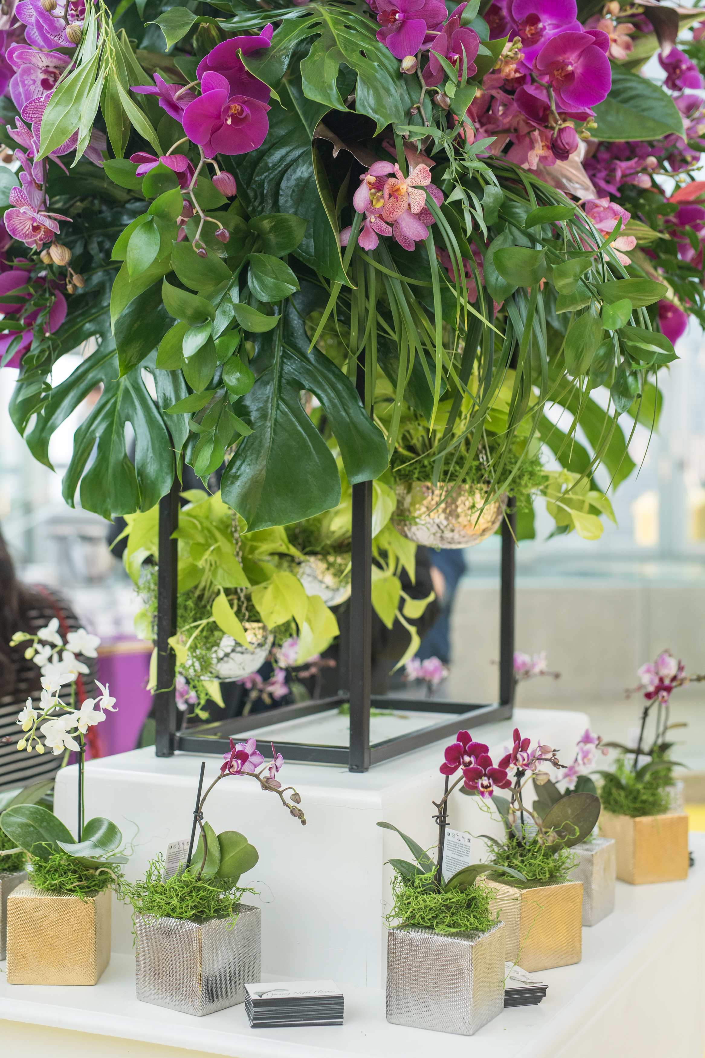 August In Bloom - Flower centrepiece and flower pots - #SQ1Bridal (Square One Shopping Centre)