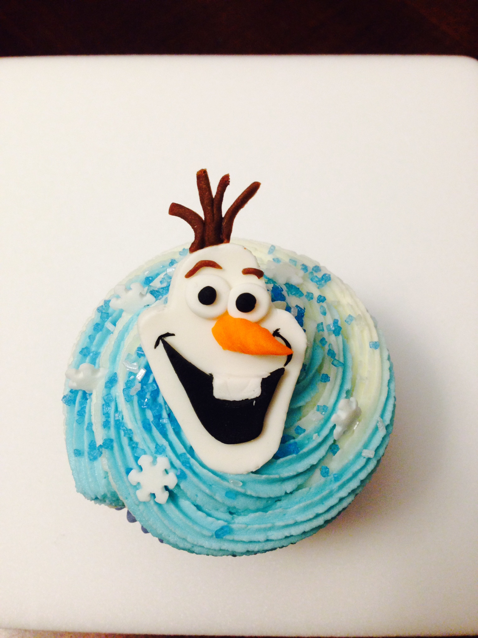 Olaf Frozen Cupcakes