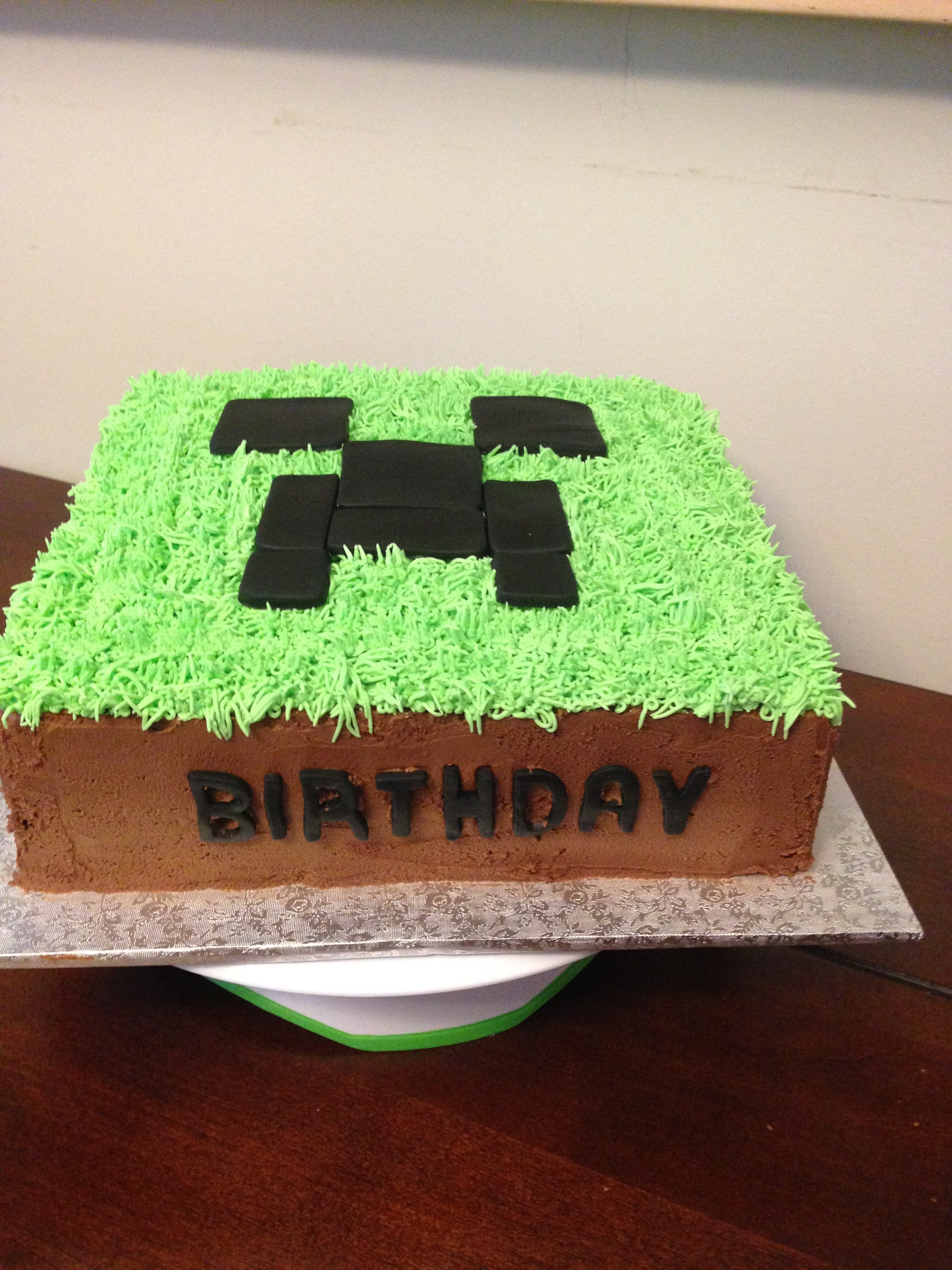 Minecraft Creeper Cake