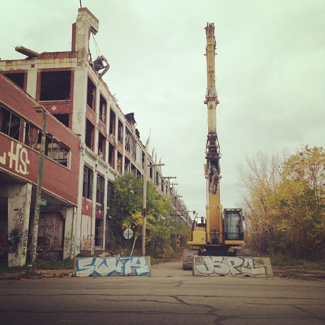 After 40 years vacant, Construction begins at the Packard Plant. #detroitfilmproject