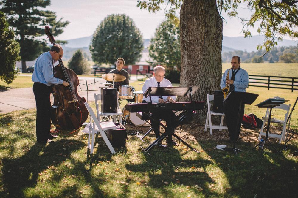 Sam_Stroud_Photography_Wedding_Photography_Marriott_Ranch_Virginia.jpg-16.jpg