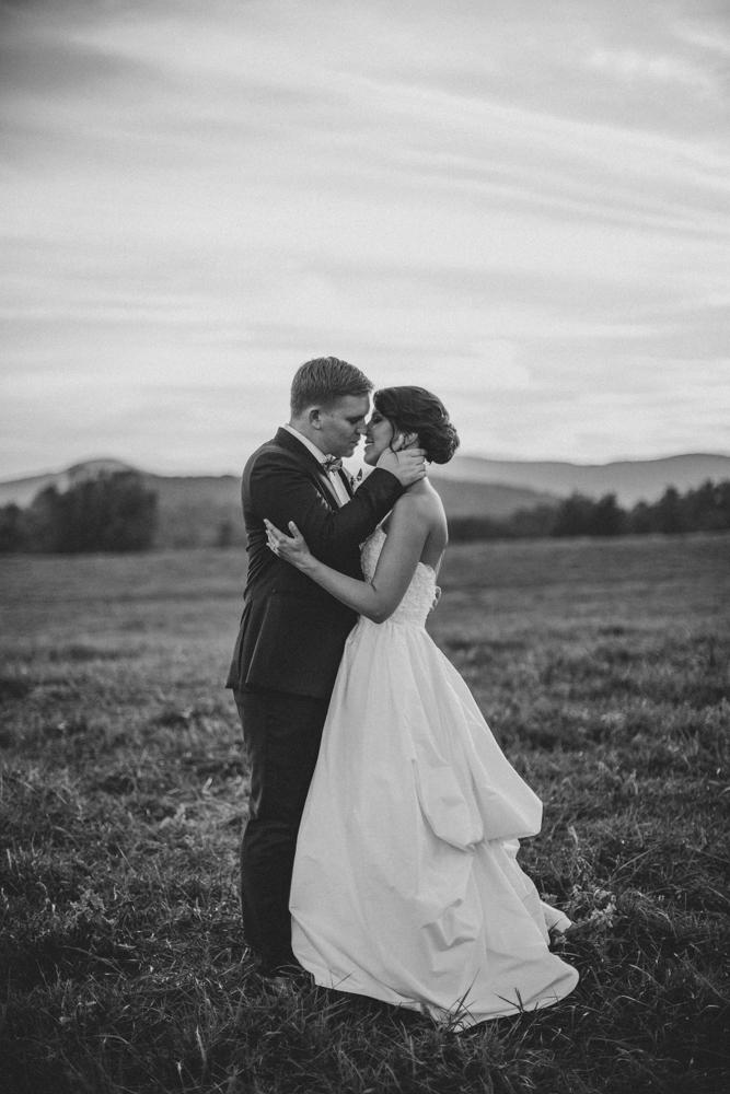 Sam_Stroud_Photography_Wedding_Photography_Marriott_Ranch_Virginia.jpg-43.jpg