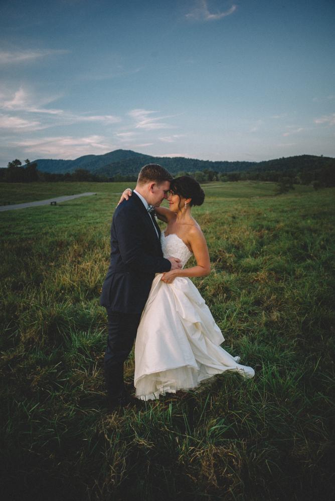 Sam_Stroud_Photography_Wedding_Photography_Marriott_Ranch_Virginia.jpg-58.jpg