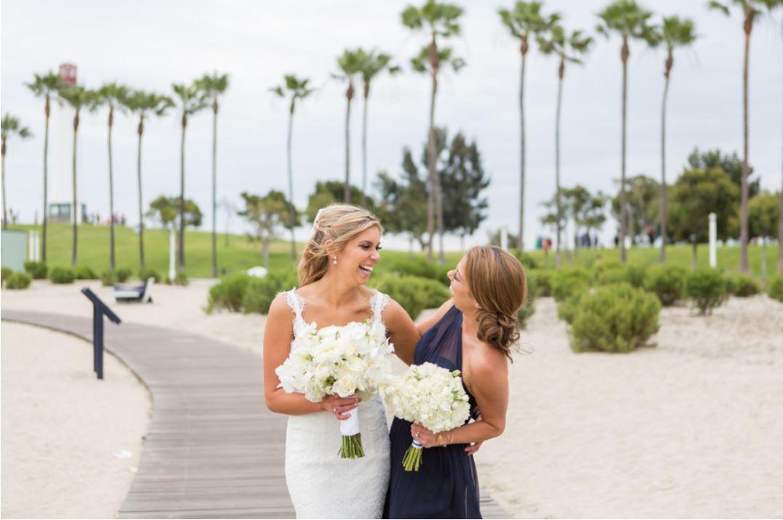 Aquarium Bride & Maid.JPG