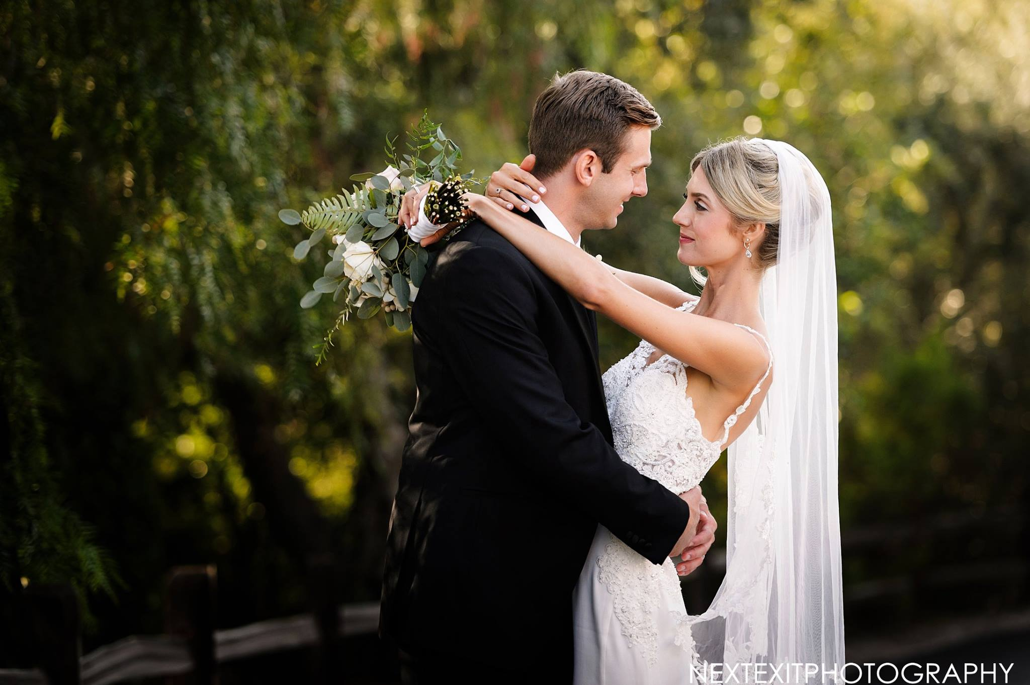 Lotus_And_Lily_Floral_Design_Cielo_Farms_Wedding