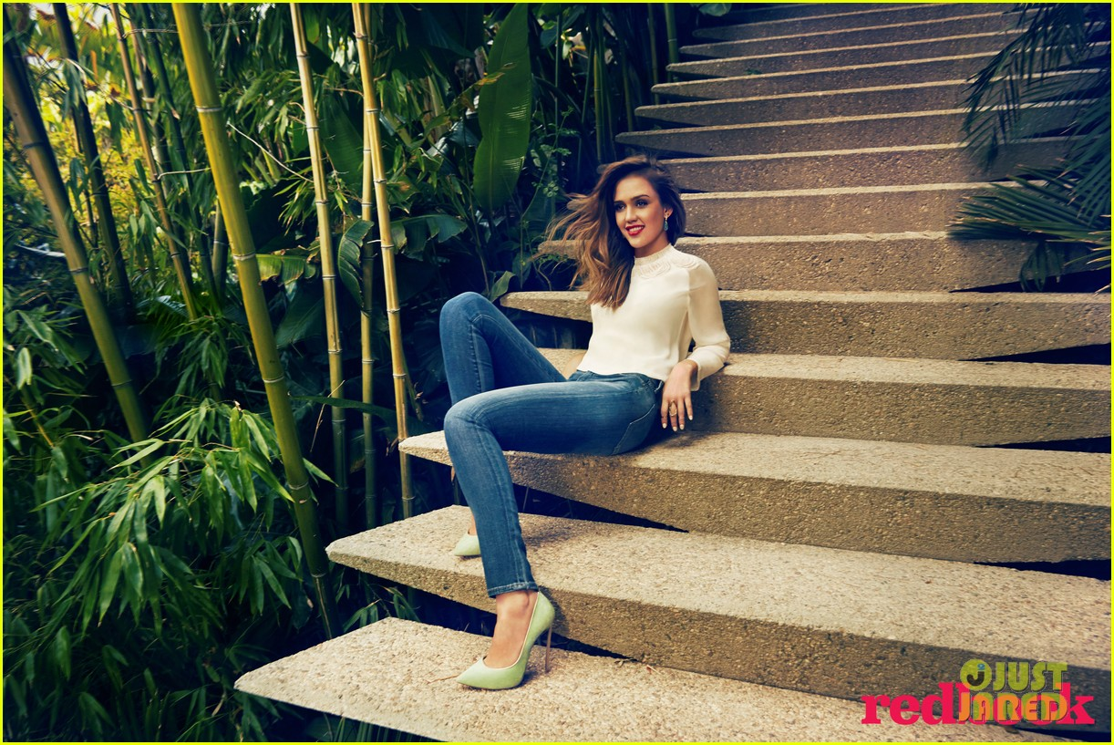 redbook Jessica  /Apr 2014
