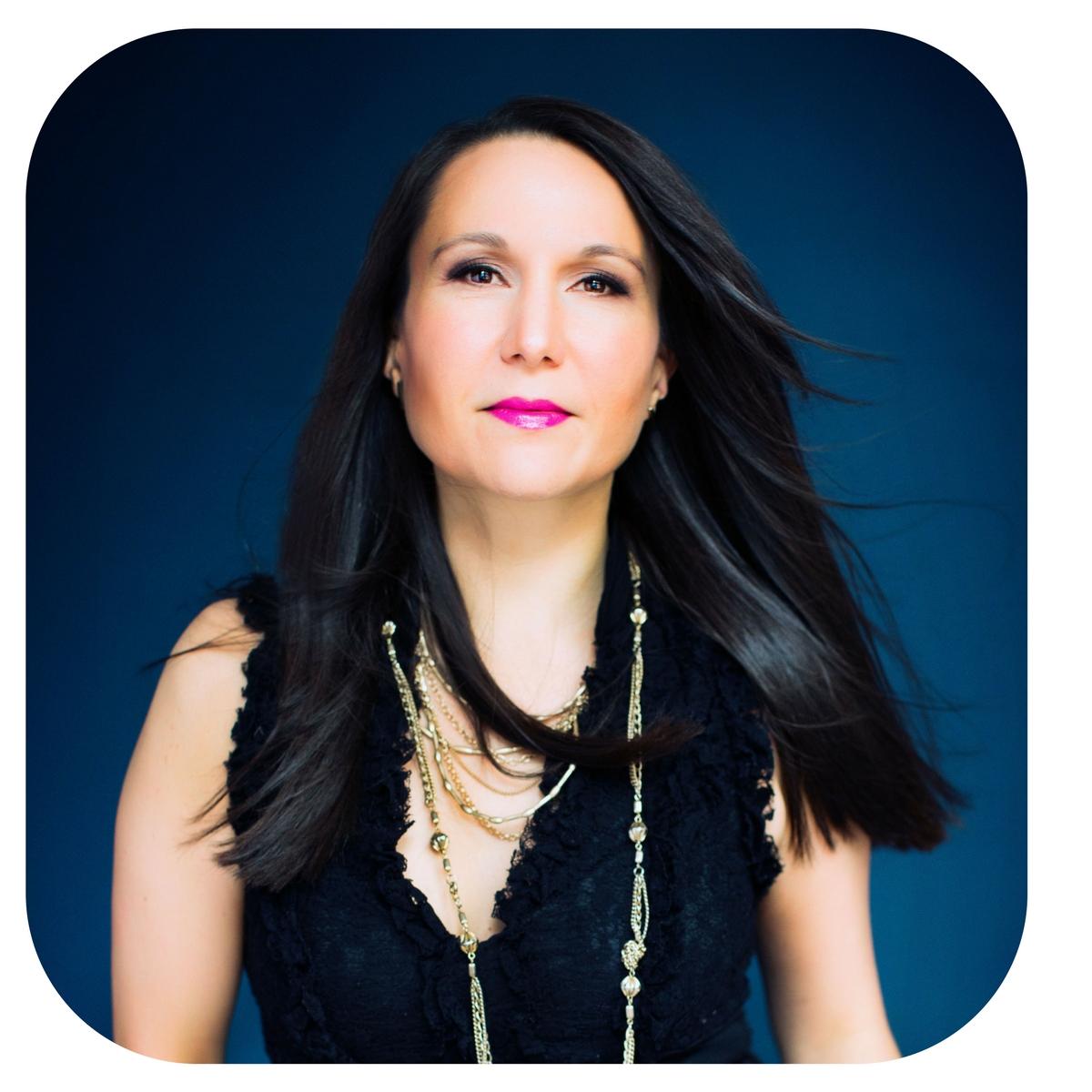 Lena D. Meyer, Transformational Life Coach, Founder of Gratitude6