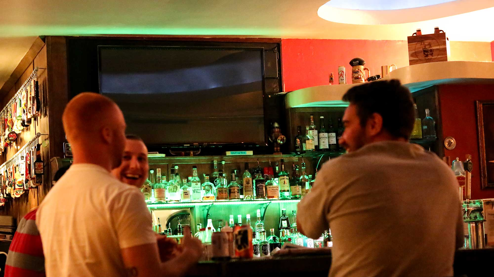 Olaf's-Pub-Ballard.jpg