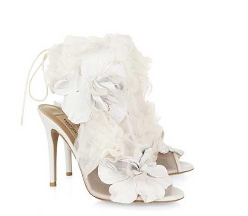 ivory-floral-valentino-pumps.jpg