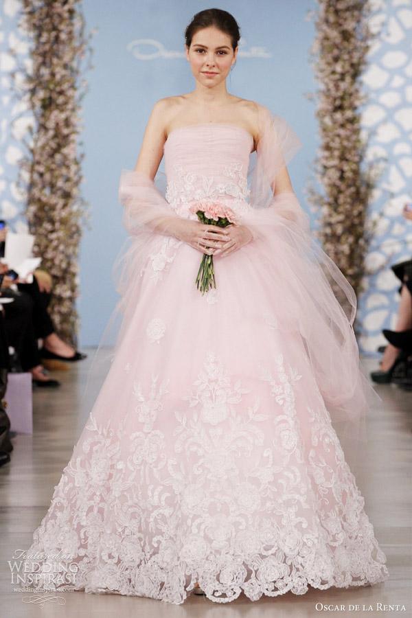 oscar-de-la-renta-2014-bridal-pink-tulle-gown-ivory-flowers-pink-wrap.jpg