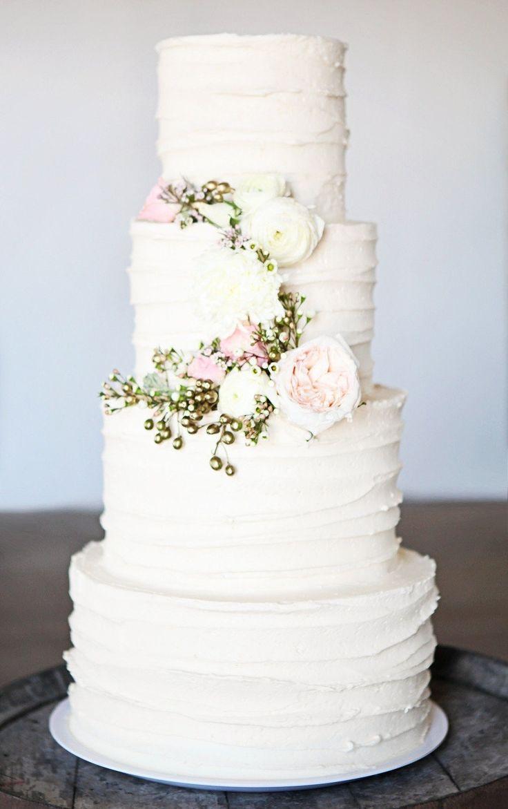 pinterest-pretty-new-wedding-cakes-wedding-cakes---wedding-cake--2040308---weddbook.jpg