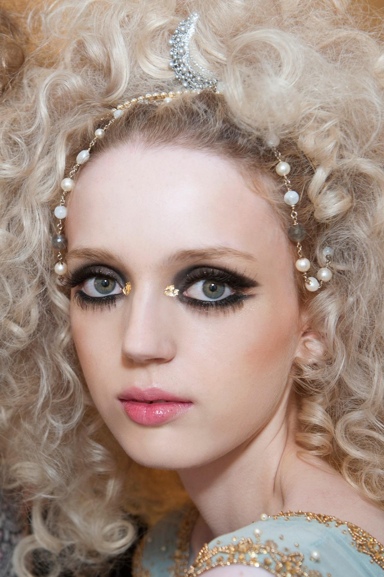 Chanel-dubai-5-Vogue-14may14_PR_b.jpg