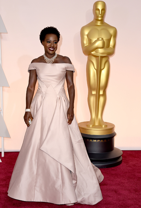 Viola Davis in Escada:  A classic off the shoulder straps gown with flattering waistline.