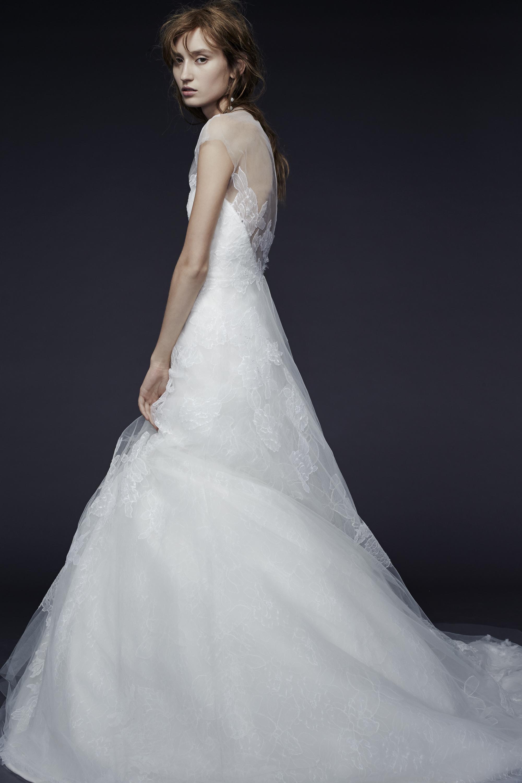 Vera Wang_Fall 2015 Bridal_Look 3.jpg