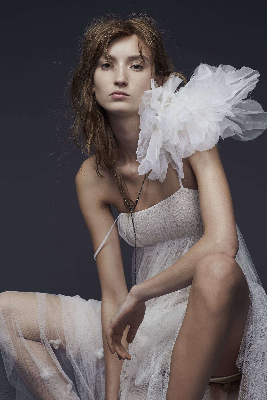 Vera Wang_Fall 2015 Bridal_Look 9.jpg