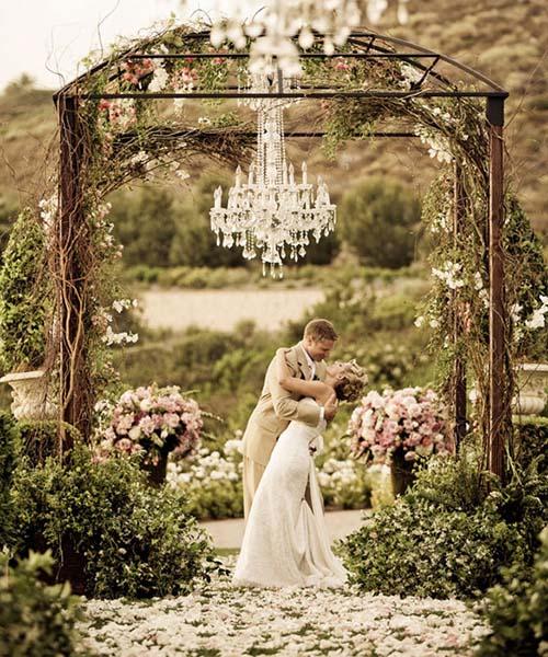 spring-wedding-ceremony-ideas-victor-sizemore-outdoor-chandelier-th.jpeg