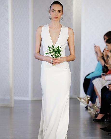 Gown Oscar de la Renta |Photo: Gerardo Somoza /  Indigitalimages.com