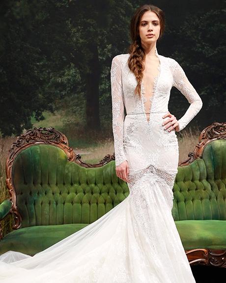 Wedding dress by   Gala by Galia Lahav | Photo: Luca Tombolini /  Indigitalimages.com
