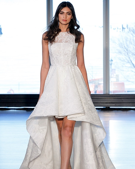 Gown Alyne by Rita Vinieris | Photo: Gerardo Somoza /  Indigitalimages.com