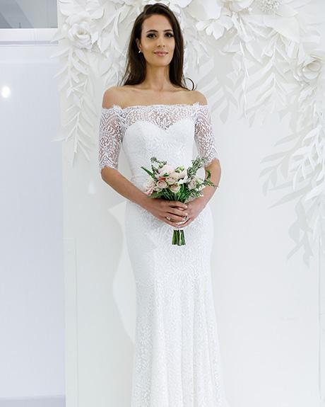 Wedding dress by   Wtoo | Photo: Luca Tombolini /  Indigitalimages.com