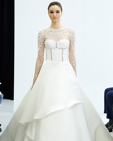 Gown   Angel Sanchez | Photo: Luca Tombolini /  Indigitalimages.com