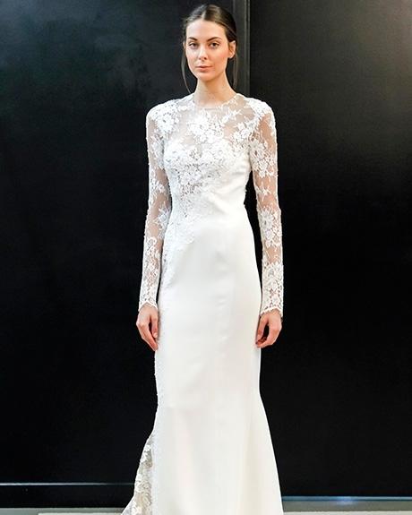 Wedding dress by   J. Mendel | Photo: Gerardo Somoza / Indigitalimages.com