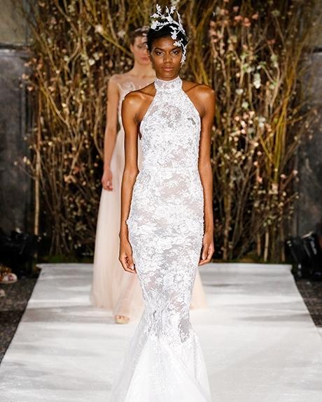 Wedding dress by    Mira Zwillinger  | Photo: Luca Tombolini /  Indigitalimages.co m