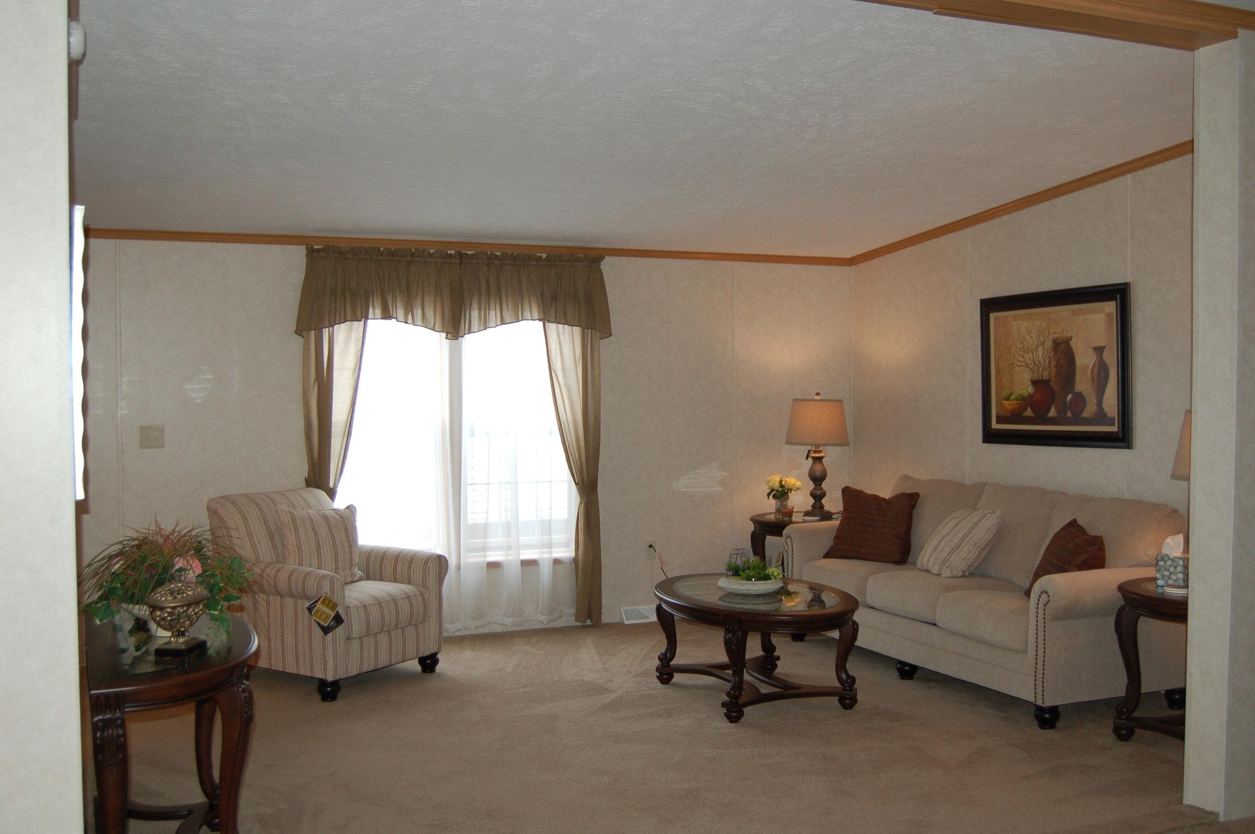 G-3357 Living Room.JPG