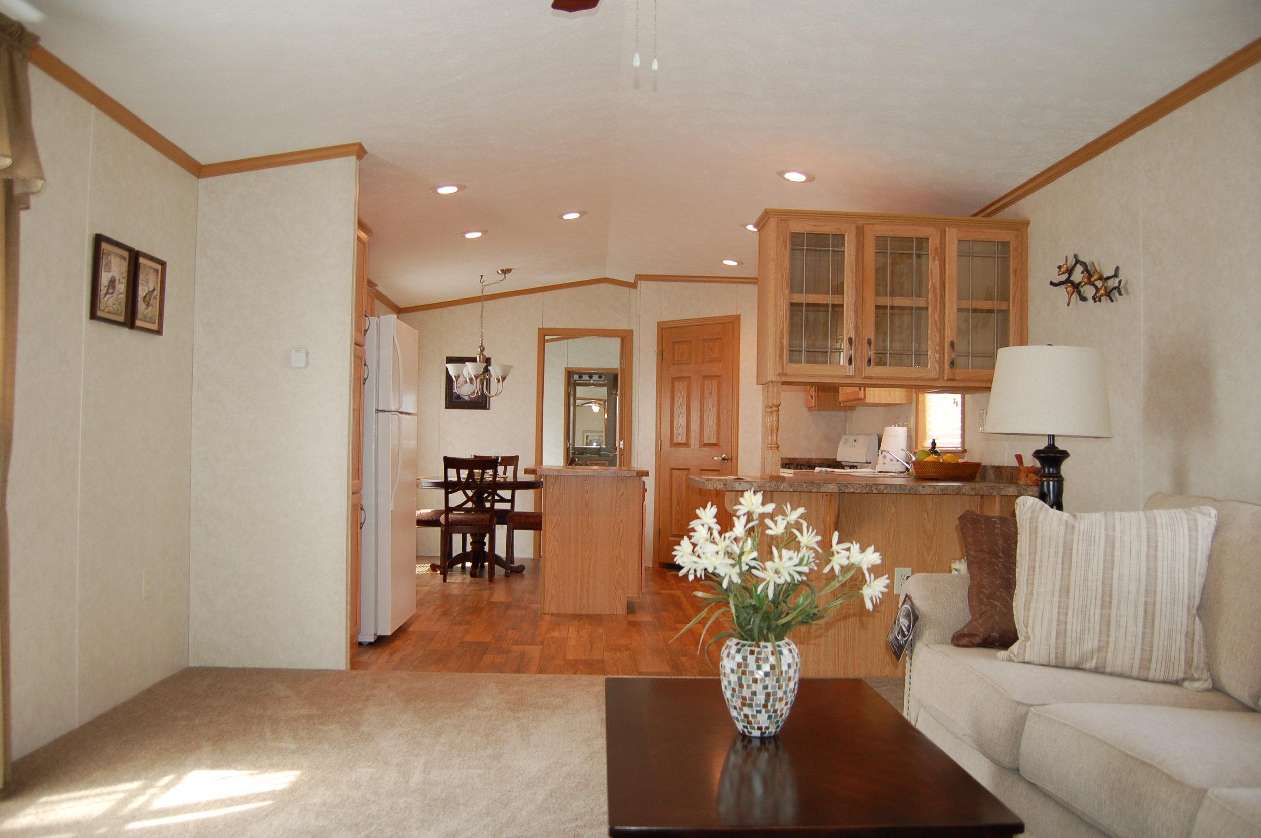 GH-577 Living Room Kitchen.JPG
